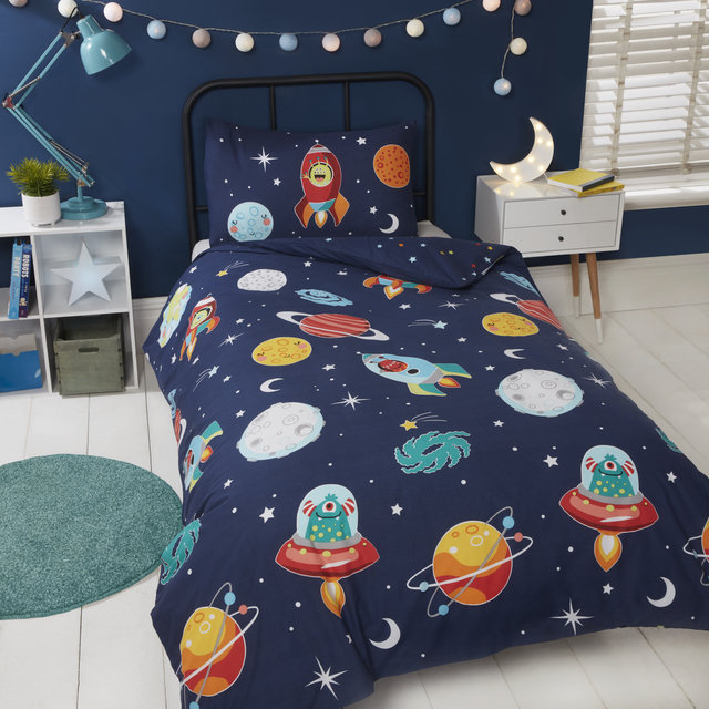 SPACE AND ALIENS Glow in the Dark Reversible Duvet Cover Set