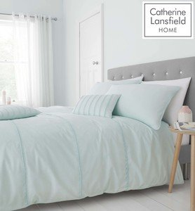 Catherine Lansfield Pom Pom Easy Care Duvet Cover Set