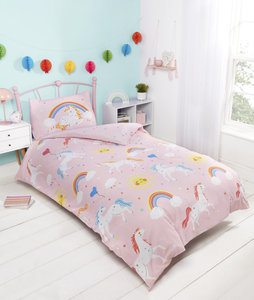 UNICORNS AND RAINBOWS Glow in the Dark Reversible Duvet Cover Set